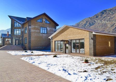 Продаётся 3-этажный дом, 1403 м²