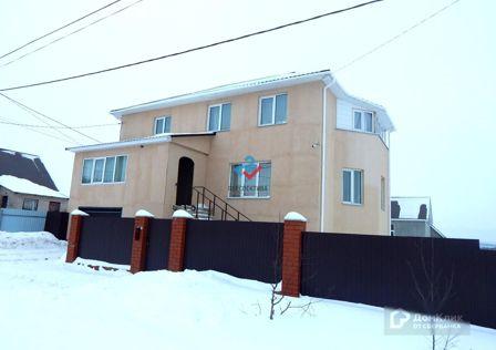 Продаётся 3-этажный дом, 270 м²