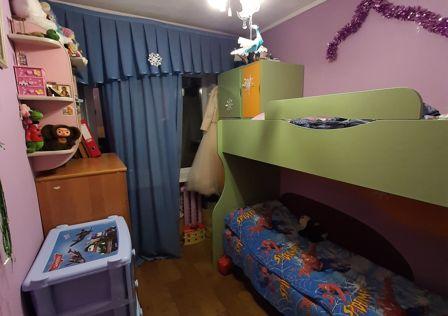 Продаётся 3-комнатная квартира, 48 м²