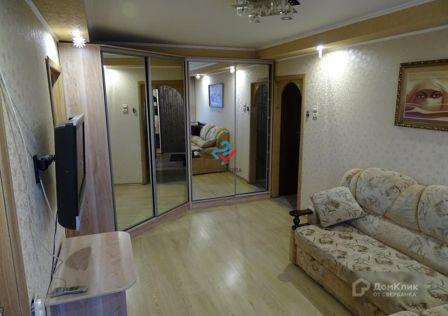 Продаётся 4-комнатная квартира, 60.2 м²