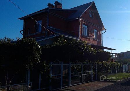 Продаётся 2-этажный дом, 211 м²
