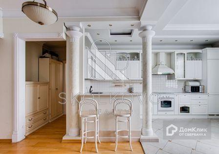 Продаётся 2-комнатная квартира, 107 м²
