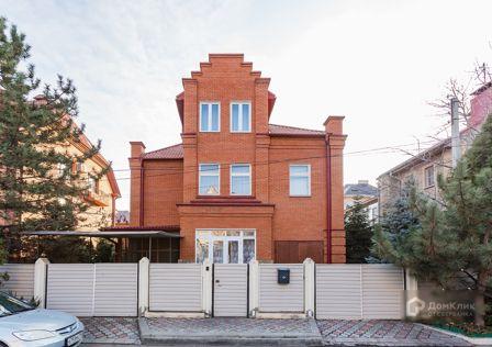Продаётся 2-этажный дом, 246.2 м²