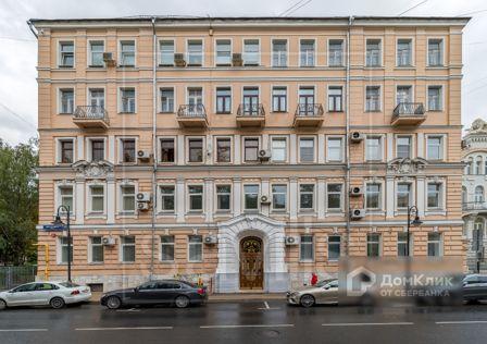Продаётся 7-комнатная квартира, 428 м²