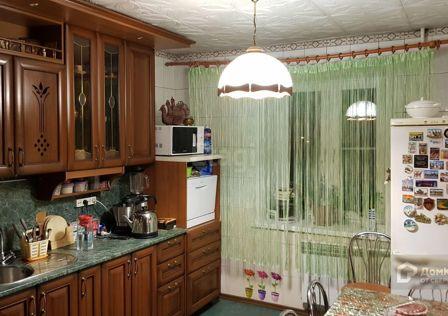 Продаётся 4-комнатная квартира, 73.6 м²