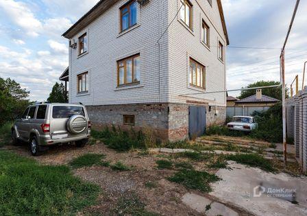 Продаётся 2-этажный дом, 325 м²
