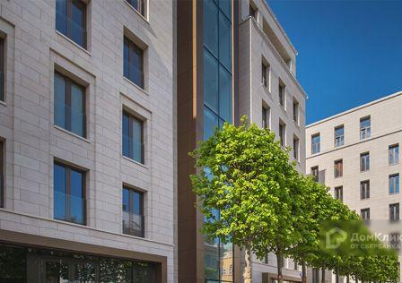Продаётся 4-комнатная квартира, 148.3 м²