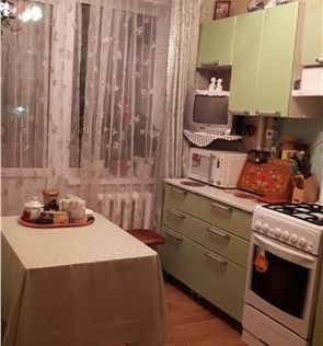 Продаётся 4-комнатная квартира, 92.2 м²