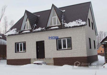 Продаётся 3-этажный дом, 200 м²