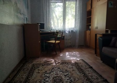 Продаётся 5-комнатная квартира, 104 м²