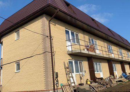 Продаётся таунхаус, 3-эт., 125 м²