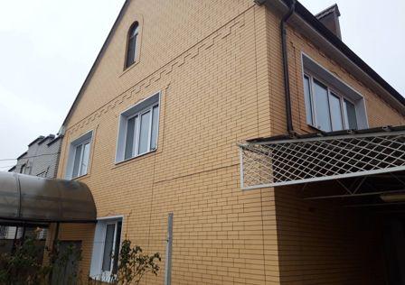 Продаётся 2-этажный дом, 176 м²