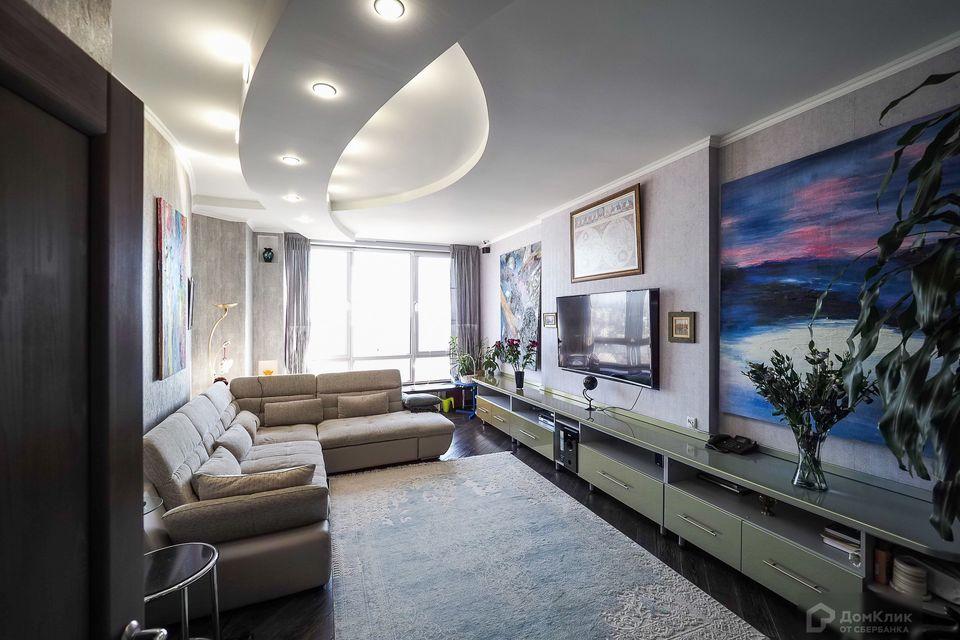 Продаётся 2-комнатная квартира, 105 м²