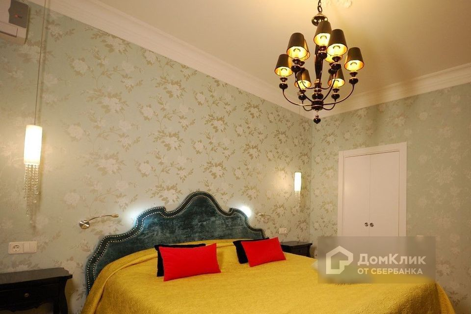 Продаётся 3-комнатная квартира, 128 м²