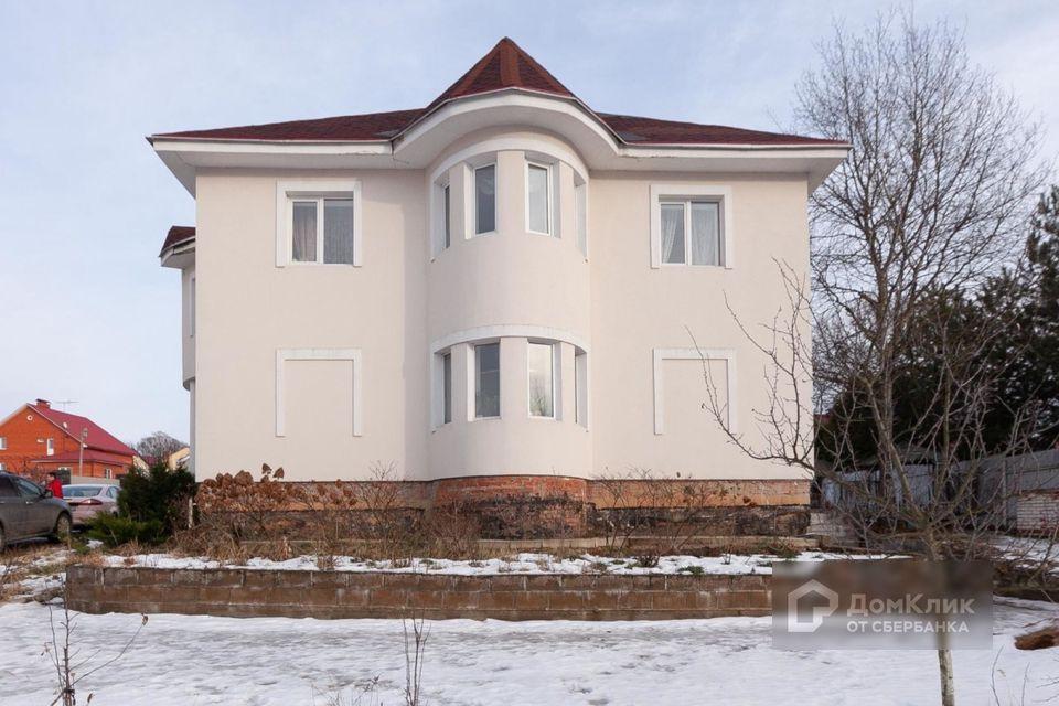 Продаётся 3-этажный дом, 580 м²