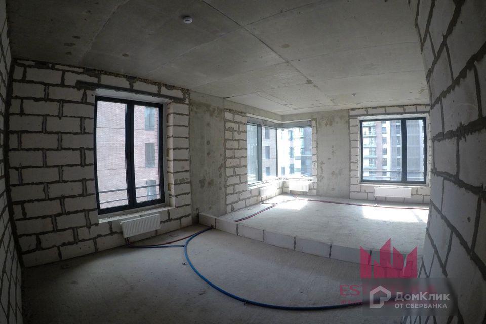 Продаётся 3-комнатная квартира, 112.2 м²