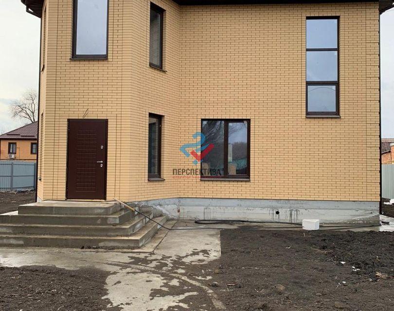 Продаётся 2-этажный дом, 165.4 м²