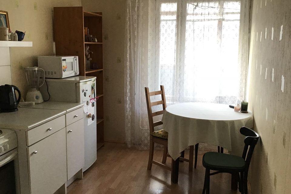 Продаётся 1-комнатная квартира, 37.2 м²