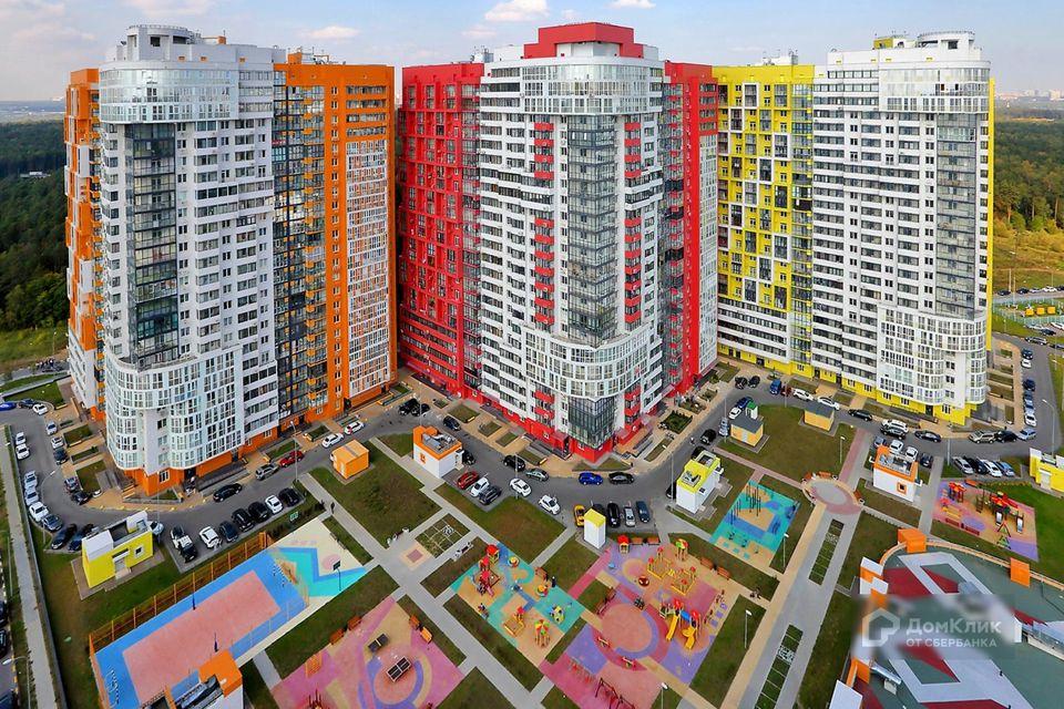 Продаётся 1-комнатная квартира, 52.9 м²