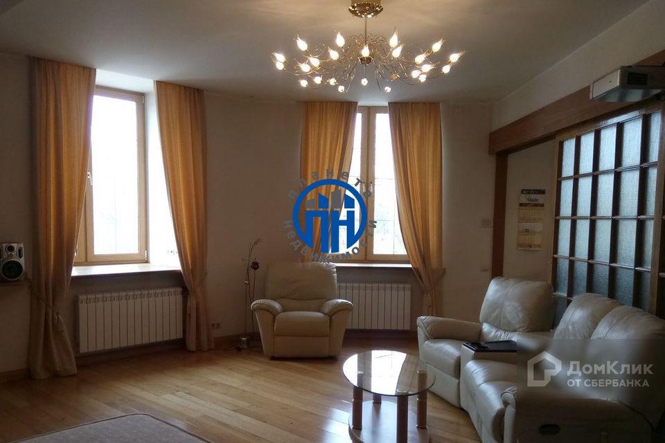 Продаётся 1-комнатная квартира, 61 м²