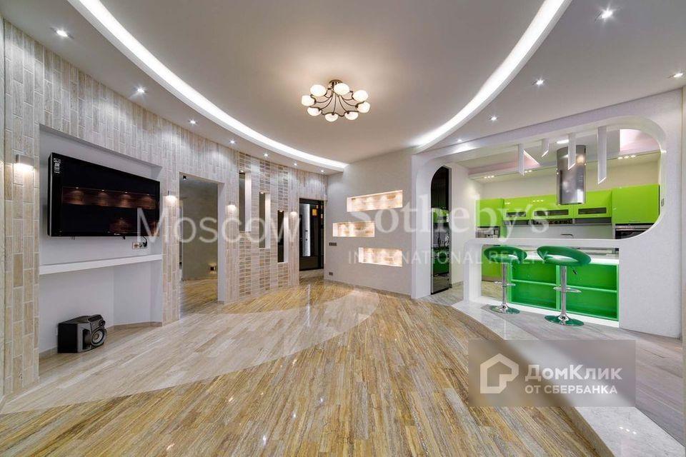 Продаётся 4-комнатная квартира, 180 м²