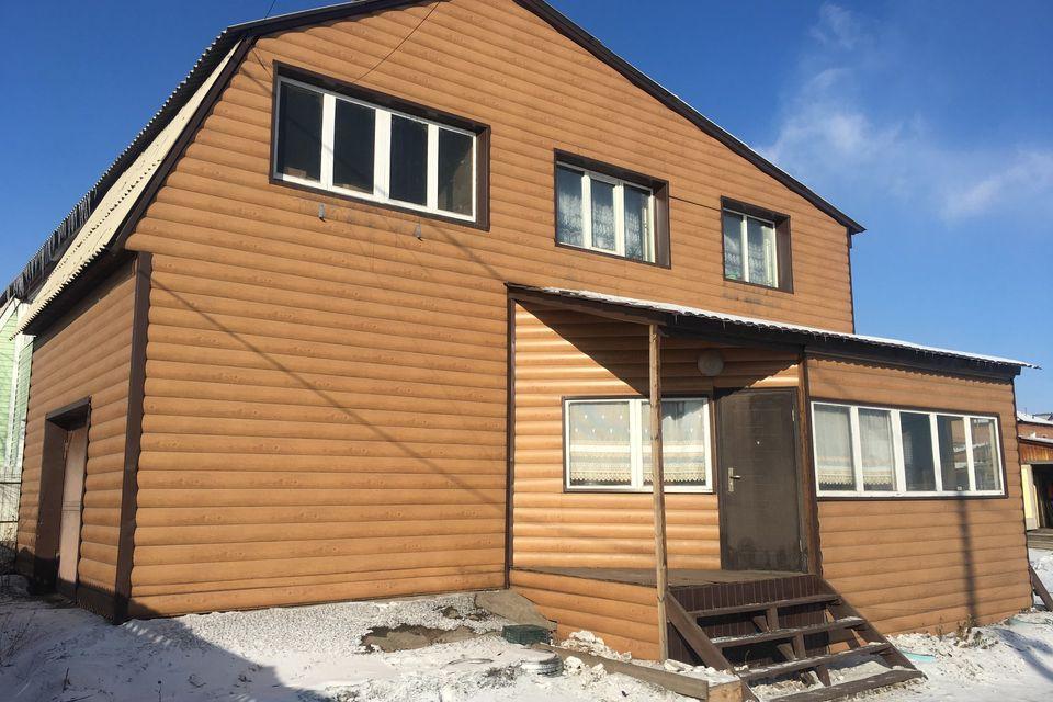 Продаётся 2-этажный дом, 217 м²